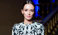 Паулина Андреева вышла в свет в старомодном наряде