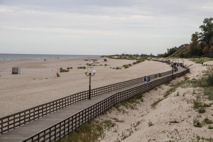 Фото №1 - Где находится Янтарный пляж?