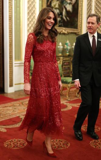 Фото №2 - 10 лучших образов герцогини Кейт в 2020 году