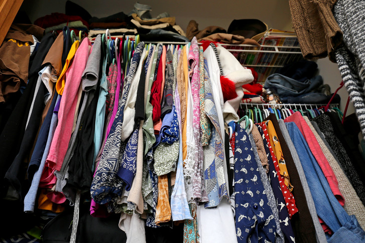 Фото №4 - Как спастись от ненужной одежды: специалист по организации пространства выдает явки и пароли