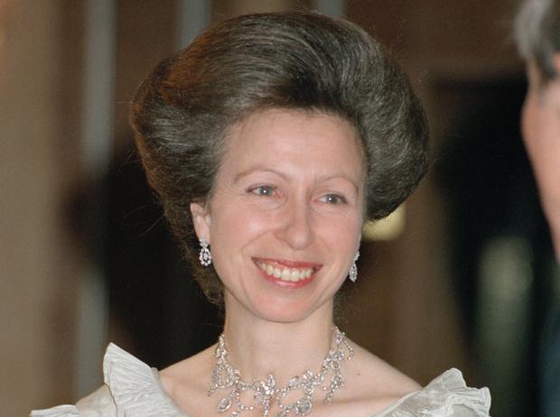 Фото №1 - «Я была счастлива покинуть дворец»: самое честное интервью принцессы Анны