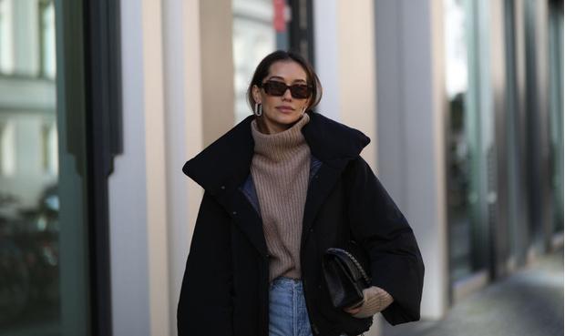 Модные свитеры зима 2021: купить свитер российского бренда по доступной цене