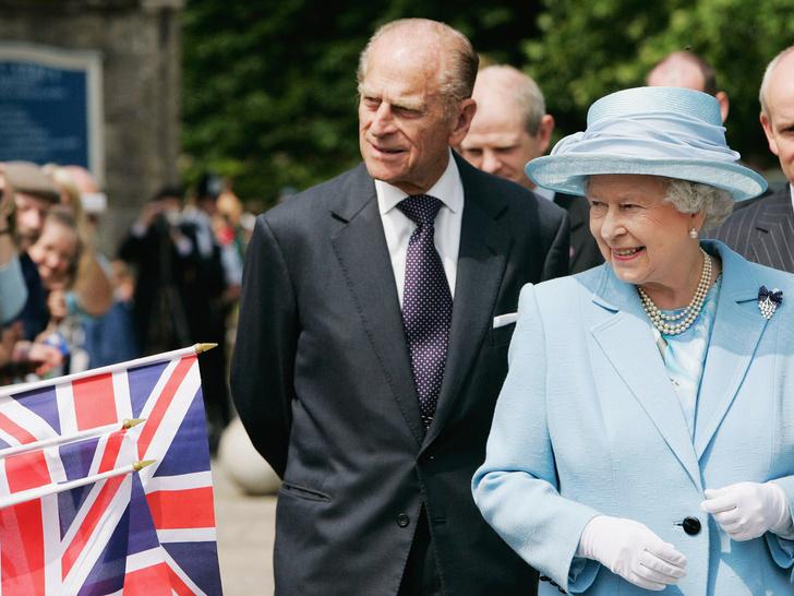 Фото №5 - Ее опора и любовь: самые трогательные цитаты Королевы о принце Филиппе
