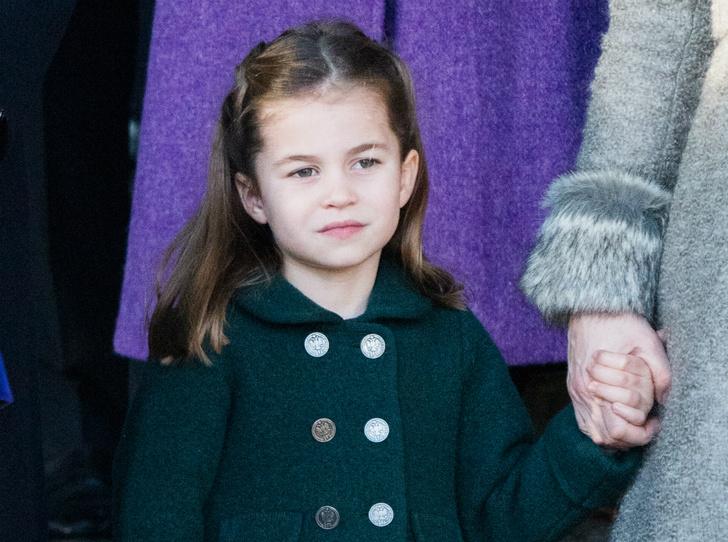 Фото №1 - Папина копия: в Сети обсуждают сходство принца Уильяма и принцессы Шарлотты