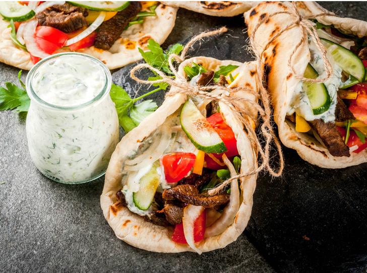 Фото №1 - Настоящая шаурма: традиционный рецепт и история блюда