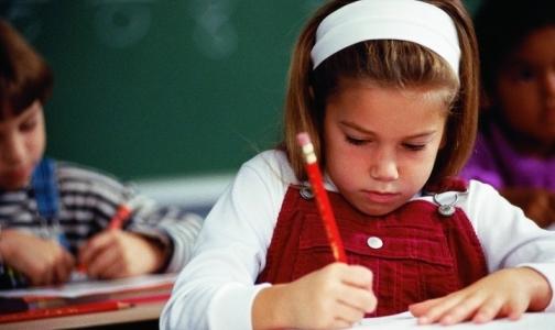 Фото №1 - Нужно ли учить детей писать?