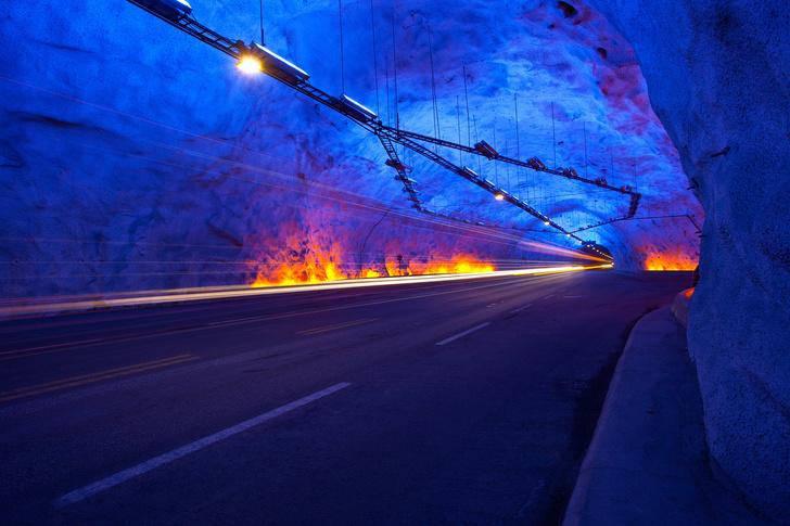 Фото №9 - Как из-под земли: 10 самых интересных тоннелей по всему миру