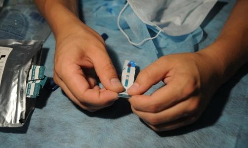 Фото №1 - Академик Покровский: Россияне заражаются ВИЧ чаще, чем гриппом