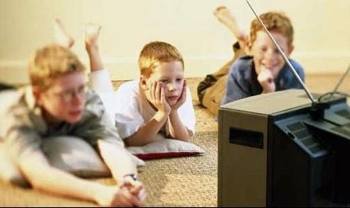 Фото №1 - Дети после просмотра мультфильмов спокойнее переносят операцию