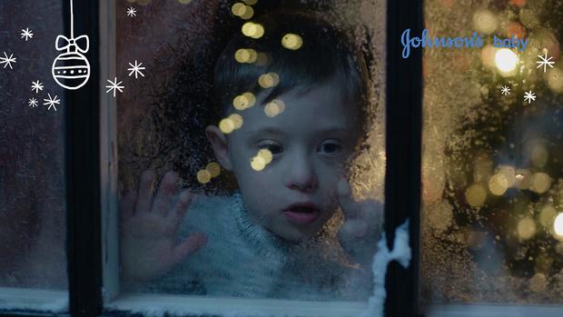 Фото №1 - JOHNSON'S® Baby совместно с фондом «Даунсайд Ап» запускает благотворительную кампанию #ПодариЧудо