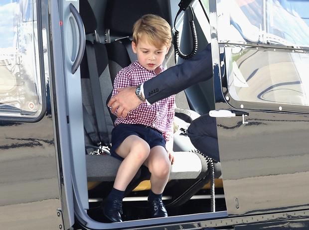 Фото №4 - Первые слезы Шарлотты: принцесса впервые показала характер