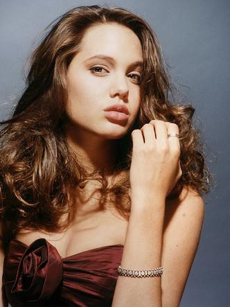 Фото №5 - Любимые мужчины и женщины Анджелины Джоли: 9 главных романов актрисы