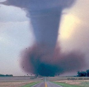 Фото №1 - День торнадо в Колорадо