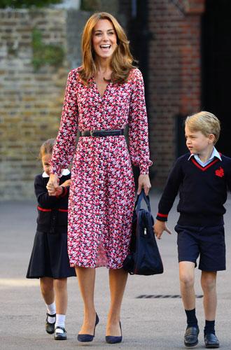 Фото №8 - Цветы, горошек и шифон: где искать летние платья, как у герцогини Кейт