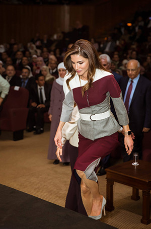 Фото №7 - Как королева Рания выбирает наряды (и почему она так редко говорит о моде)