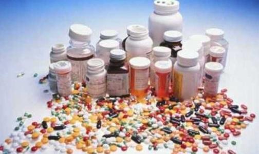 Фото №1 - Через два года в России будут производить пять препаратов, которые прежде закупали за рубежом