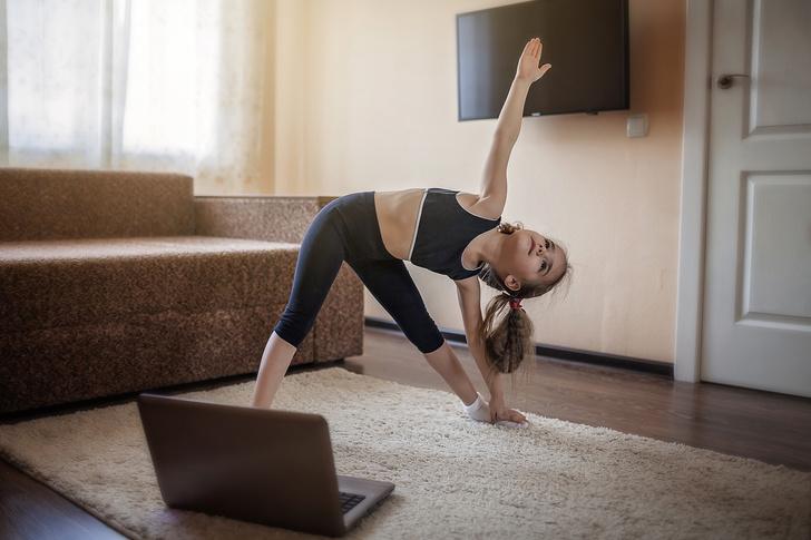 Фото №2 - Зачем ребенку йога: 5 асан, которые помогут лучше учиться