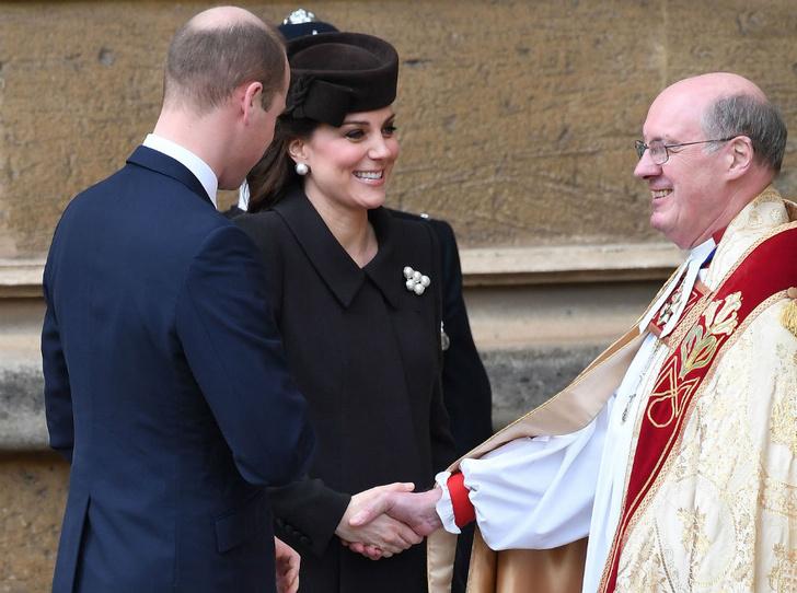 Фото №5 - Никому не верь: герцогиня Кембриджская вышла из декрета (но всего на день)