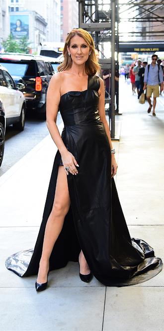 Фото №13 - Модная трансформация Селин Дион: лучшие образы от нового стилиста певицы
