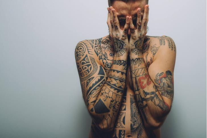 Фото №1 - Ученые рассказали об опасности татуировок
