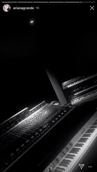 Фото №2 - Возможно, Ариана Гранде готовит новый альбом