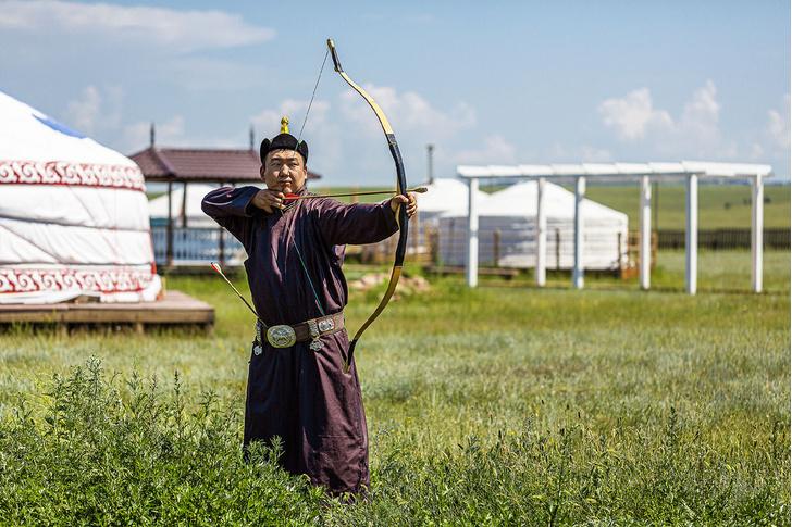 Фото №1 - Экскурсия на озеро Байкал. Часть 2: Этнопарк «Золотая Орда»
