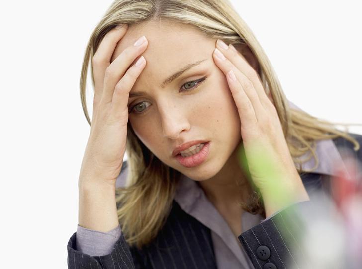 Фото №1 - Советы остеопата: 7 способов снять головную боль без таблеток (с видео)