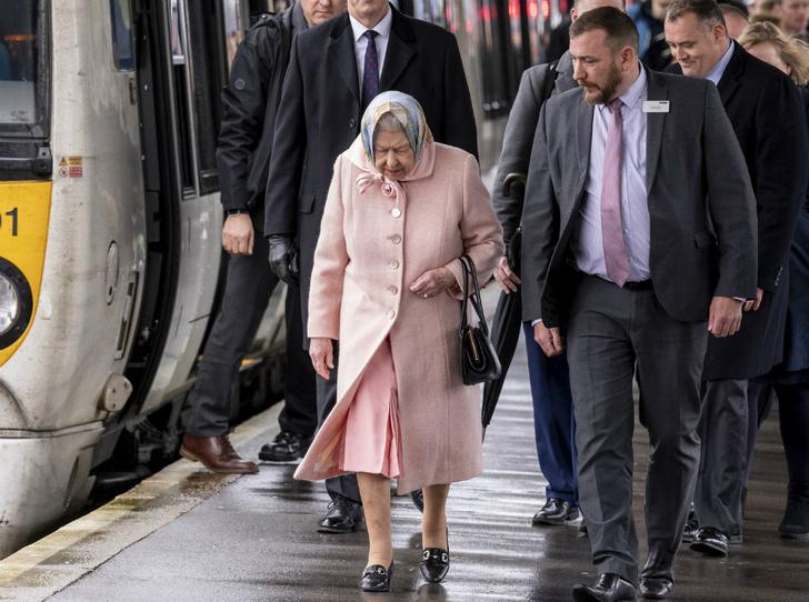 Фото №4 - Почему Королева не навестила принца Филиппа в больнице