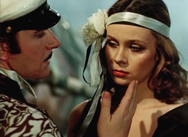 Фото №17 - Роковые женщины советского кино, чей эротизм пленил наповал