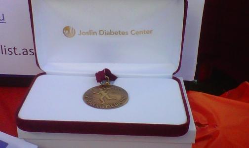 Фото №1 - Петербуржцев, проживших с диабетом 50 лет, номинируют на медаль Джослина