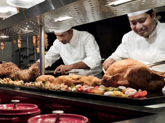 Фото №13 - Must see, must do и must taste в Дубае этим летом