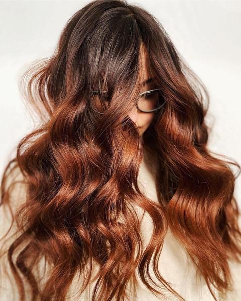 Фото №6 - Можно ли красить волосы летом🧐
