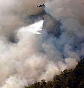Фото №1 - В Турции горят курорты