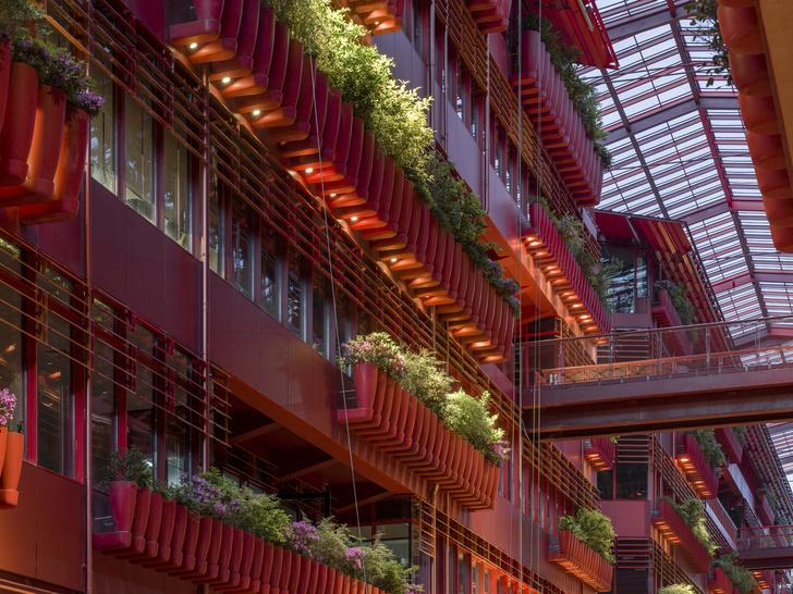 Фото №6 - Коммерческое здание по проекту Жана Нувеля в Шанхае