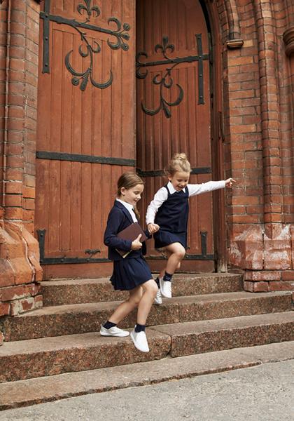 Фото №12 - Артём, Яна и Арсений Аршавины в рекламе школьной формы H&M