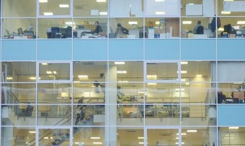 Фото №1 - Ученые назвали безопасное для здоровья количество рабочих часов