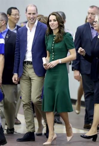 Фото №11 - Десять лет во дворце: как Кейт Миддлтон навсегда изменила королевский стиль