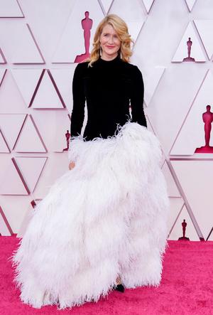 Фото №14 - «Оскар-2021»: лучшие образы церемонии награждения