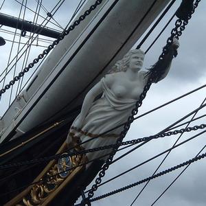 Фото №1 - Горит корабль-музей Cutty Sark