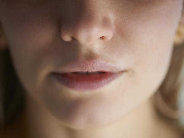 Фото №2 - О каких проблемах говорит постоянная сухость во рту, и как от нее избавиться