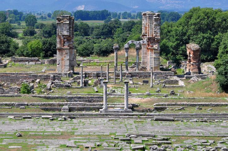 Фото №1 - В список ЮНЕСКО добавлены девять желанных для путешественников мест