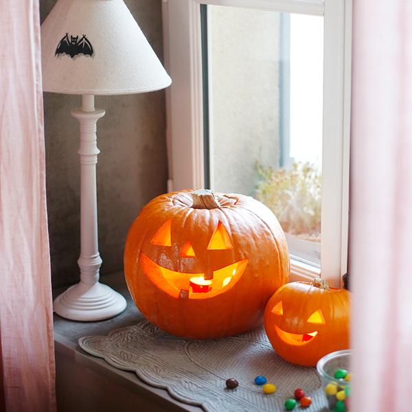 Фото №11 - Отмечаем Хэллоуин: как быстро украсить помещение своими руками
