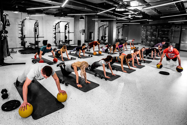 Фото №13 - Разбудить тело: 5 новых тренировок по функциональному тренингу