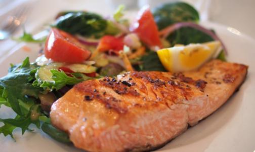 Фото №1 - Как перейти на здоровое питание и не скучать по фастфуду