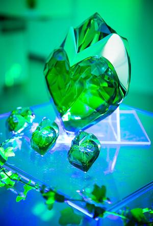 Фото №5 - Фантастические молекулы и где они обитают: аромат Aura Mugler