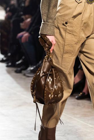 Фото №52 - Самые модные сумки осени и зимы 2019/20