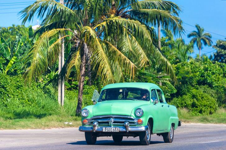 Фото №2 - Не средство передвижения, но роскошь: 5 стран, где владеть автомобилем невероятно дорого