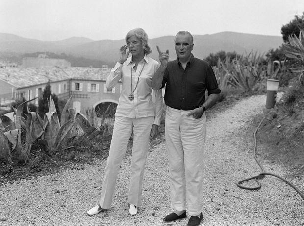 Фото №4 - Отдых на пляже слишком дорог для Эммануэля и Брижит Макрон