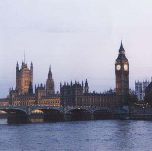 Фото №1 - Срок британской визы сократят вдвое