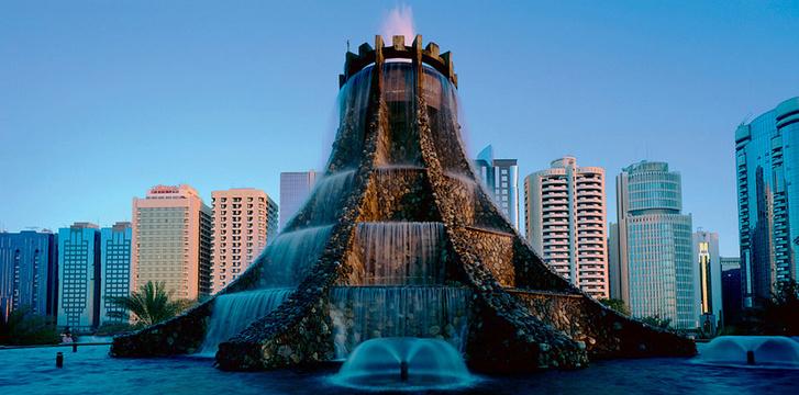 Фото №17 - 21 самый необычный фонтан мира